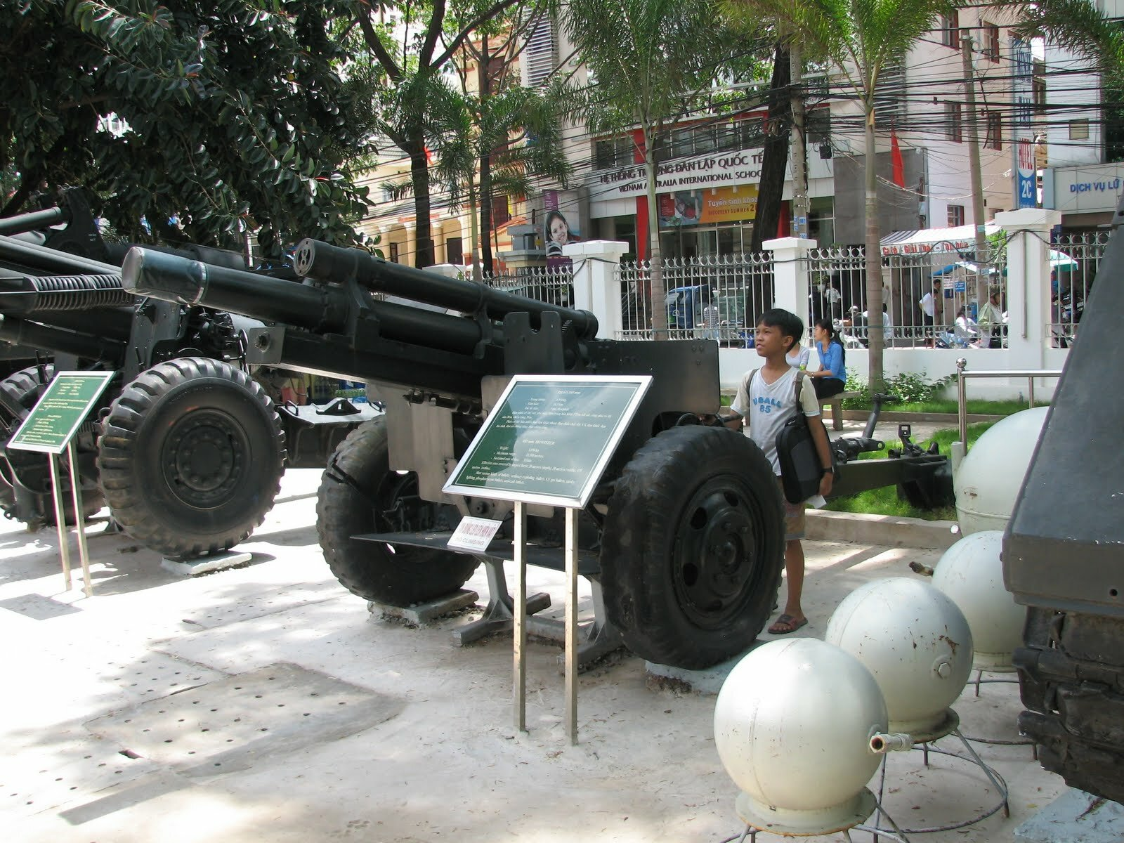 war-remnants-museum-ho-chi-minh-city-bao-tang-toi-ac-chien-tranh