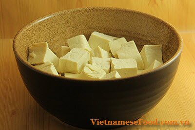 fried-tofu-with-vegetable-and-beef-recipe-dau-hu-xao-rau-voi-thit-bo