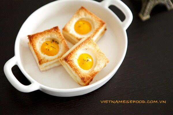 grilled-sandwich-with-egg-recipe-banh-mi-trung-cut-nuong
