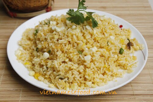 fried-rice-with-crab-meat-and-corn-recipe-com-rang-cua-va-ngo