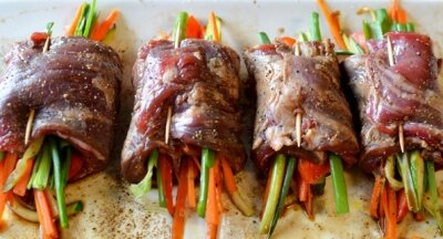 Rolled Beef with Vegetables Recipe (Bò Cuộn Rau Củ)