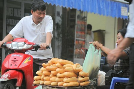 Bánh mì Việt Nam is commended as the finest bread on Earth