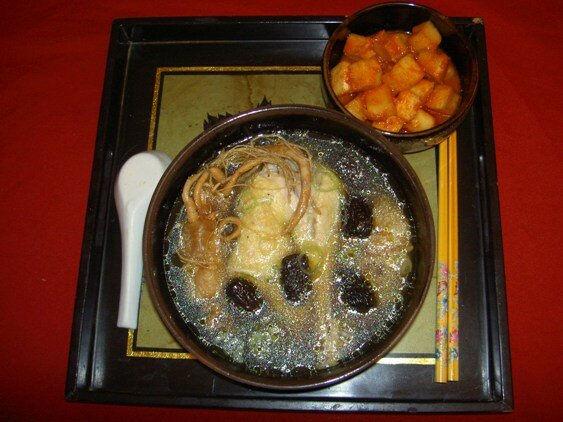 stewed-sweet-herbal-chicken-soup-ga-ham-thuoc-bac