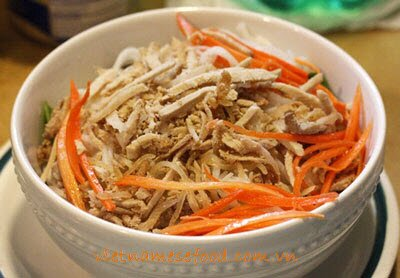 Vermicelli with Pork Skin and Roasted Rice Recipe (Bún Bì)