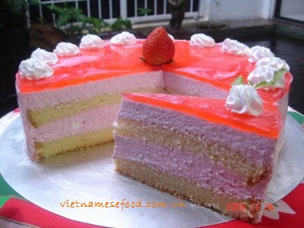 Strawberry Mousse Cake Recipe (Bánh Mouse Dâu Tây)
