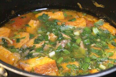 Vegetarian Quảng Noodle Soup Recipe (Mì Quảng Chay)
