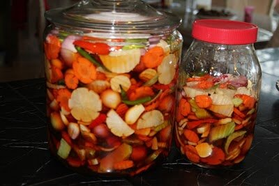 pickled-welsh-onion-muoi-cu-hanh