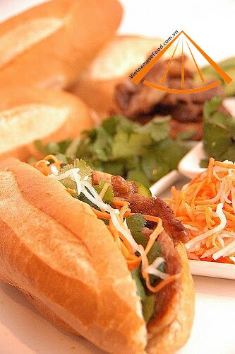 2872066861_d9a1fd41d0 Banh Mi Vietnam (Traditional Vietnamese Bread Food)
