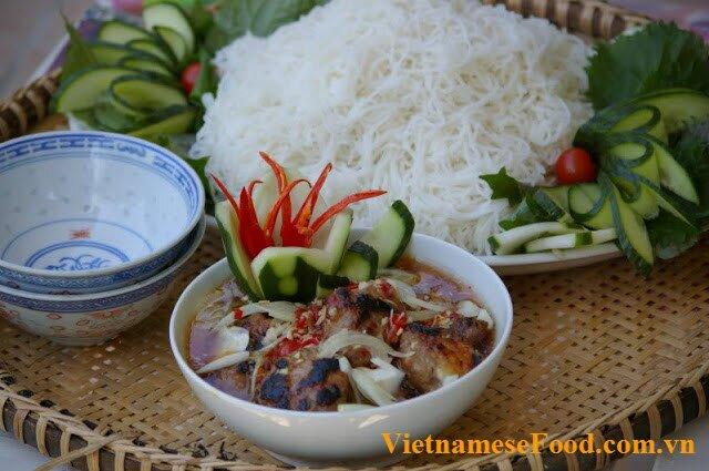 kebad-rice-vermicelli-bun-cha