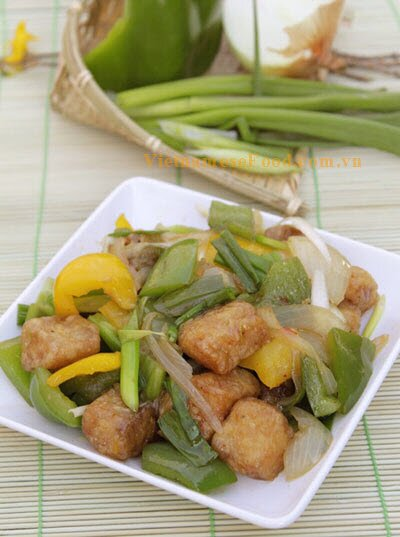 fried-fish-with-sweet-and-sour-soup-recipe-ca-ran-sot-chua-ngot