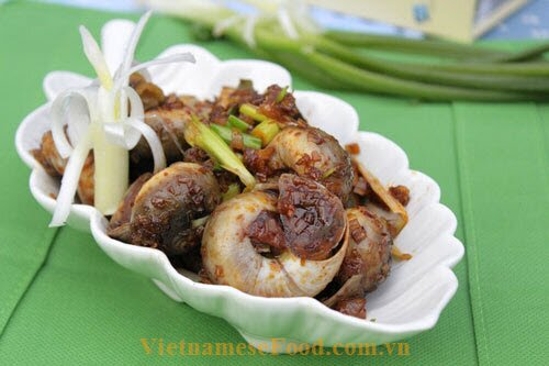 fried-periwinkle-with-satay-recipe-oc-mo-xao-sa-te