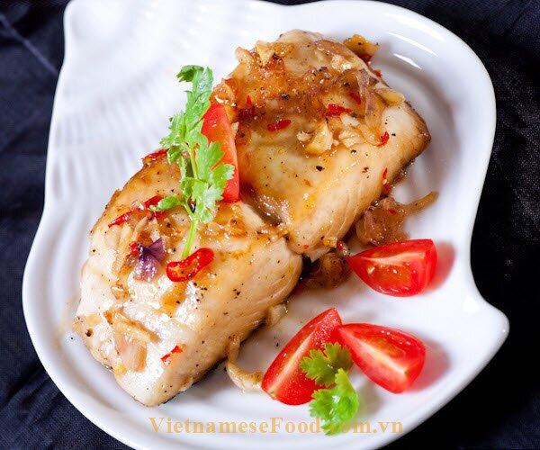 fried-mackerel-fish-with-bell-pepper-recipe-ca-thu-chien-ot