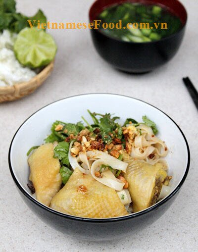 mixed-chicken-pho-salad-pho-ga-tron