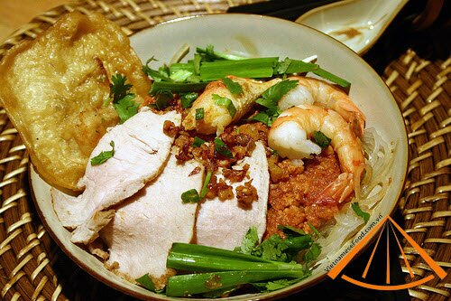 vietnamesefood.com.vn/top-10-things-need-to-do-in-vietnam