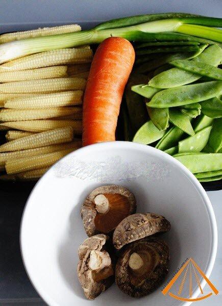 www.vietnamesefood.com.vn/vietnamese-fried-mixed-vegetable-recipe