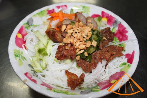 www.vietnamesefood.com.vn/grilled-pork-with-vermicelli