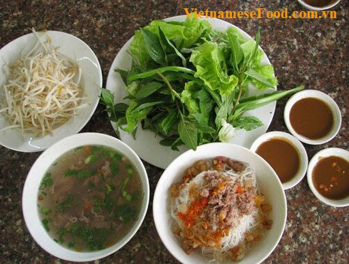 two-bowls-pho-noodle-soup-pho-hai-to