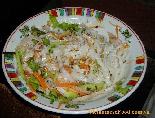 vietnamese-sour-pho-noodle-pho-chua