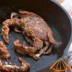 www.vietnamesefood.com.vn/simmer-soft-shelled-crabs-with-coconut-fruit